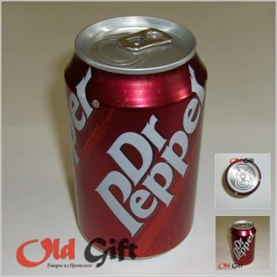 Банка газировки Dr Pepper